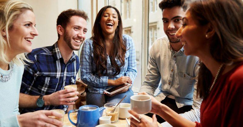 Cà phê là chất xúc tác rất tốt gắn kết bạn bè với nhau.