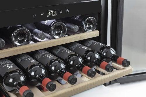 Tủ đựng rượu vang Caso Winesafe – 18 Chai: Nhỏ gọn, tiện dụng cho mọi gia đình.