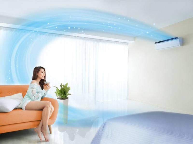Điều hòa nhiệt độ giúp bạn cảm thấy thoải mái, dễ chịu hơn trong mùa hè oi bức.