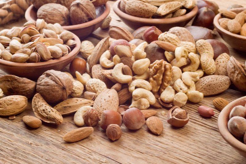 Ăn nhiều các loạt hạt cũng giúp tăng cường trí nhớ rấ tốt