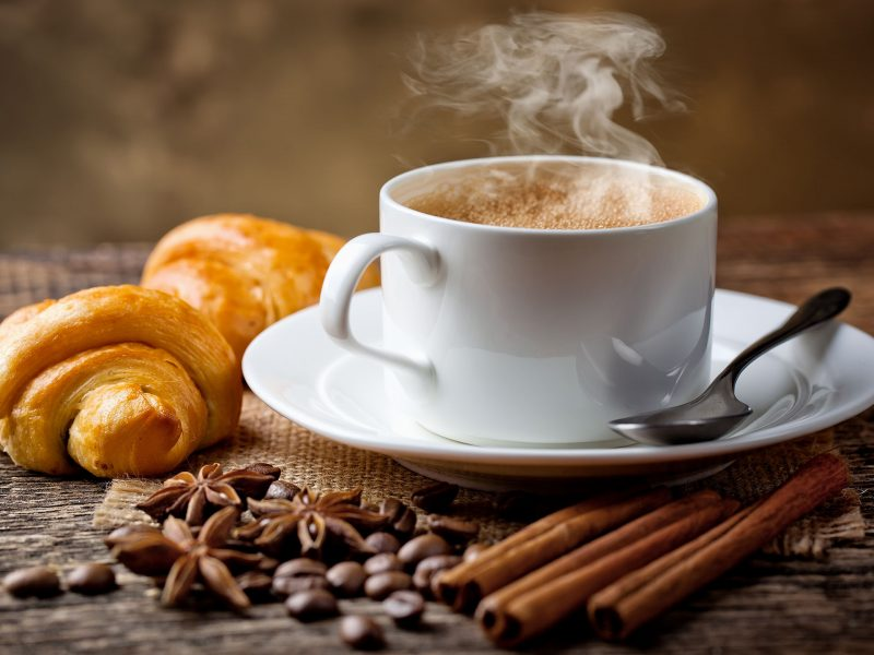 Uống một ly cà phê mỗi ngày sẽ mang lại cho bạn sức khỏe dồi dào.