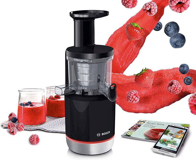 Máy ép trái cây chậm Bosch MESM731M giúp bạn dễ dàng có được những ly nước ép thơm ngon