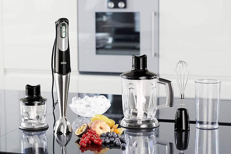 Máy xay cầm tay Braun giúp bạn dễ dàng chế biến nhiều món ăn ngon.