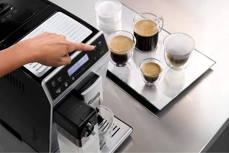 Máy Pha Cà Phê Văn Phòng DeLonghi dễ dàng pha chế cà phê theo ý muốn