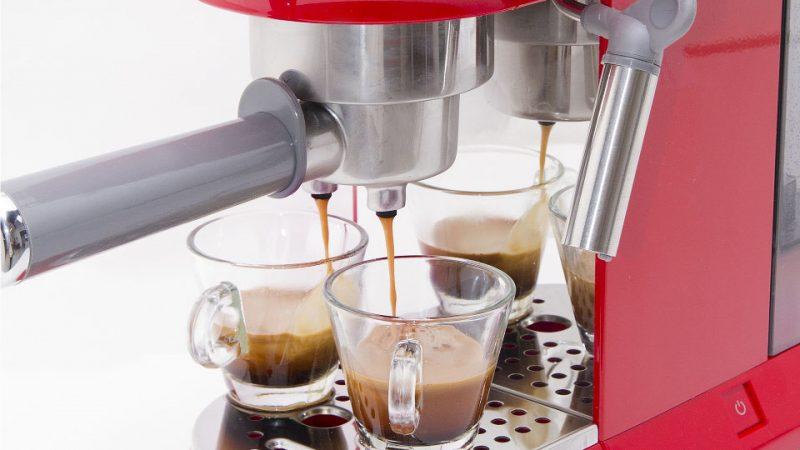 Máy pha cà phê Smeg cho những ly cà phê ngon