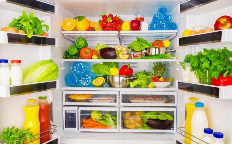 Thức ăn cho vào tủ lạnh nên được sắp xếp gọn gàng